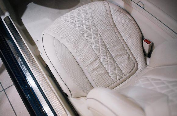 czyszczenie-wnętrza-samochodu-konserwacja-skór
