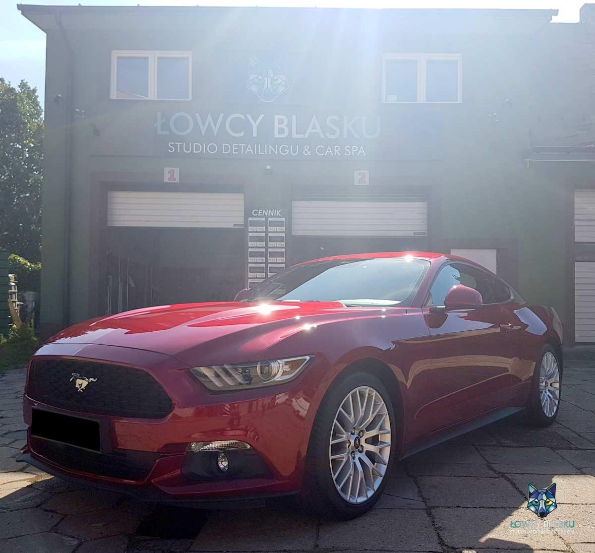 Powloka-ceramiczna-zabezpieczanie-lakieru-Mustang-czerwony-1-21