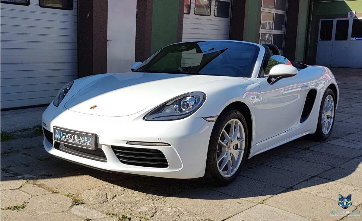 Powloka-ceramiczna-zabezpieczanie-lakieru-Porsche-718