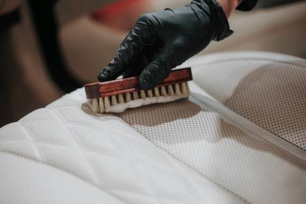 autodetailing czyszczenie skor