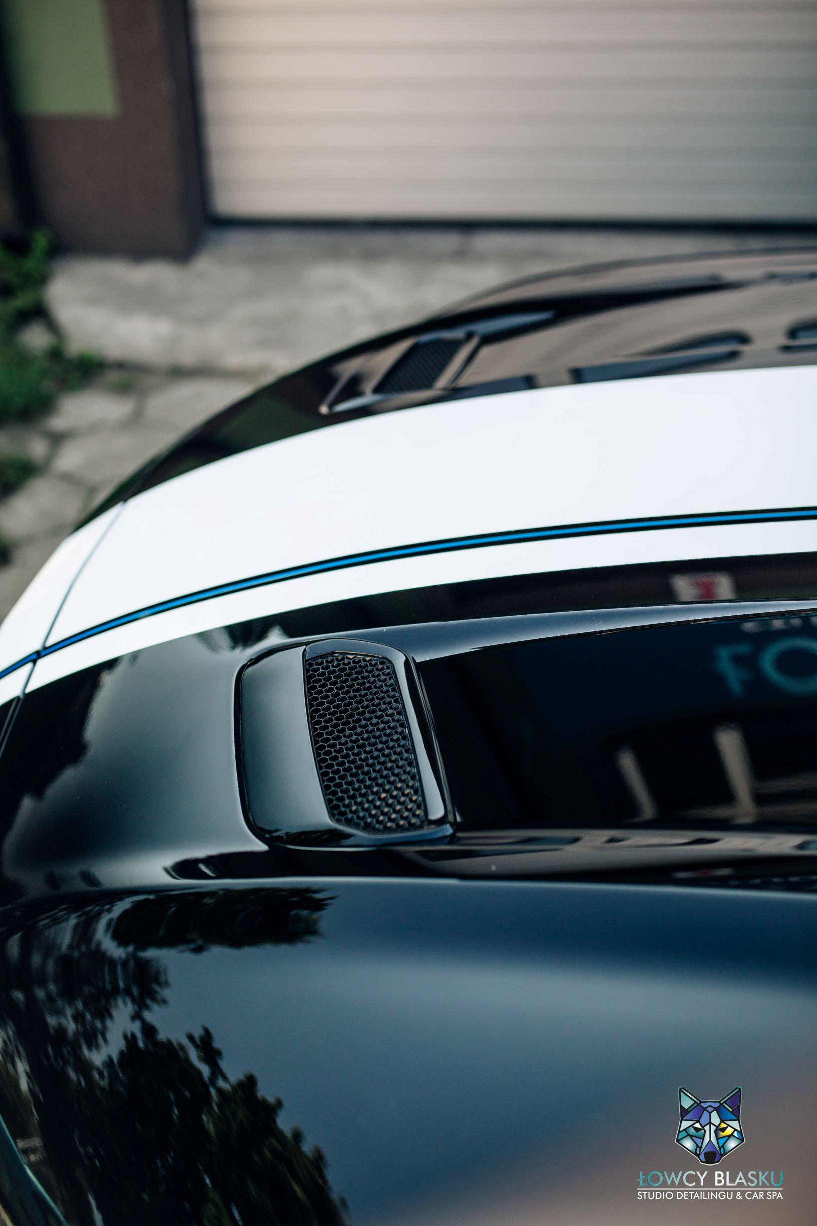 Ford Mustang GT zabezpieczony folią ochronną samochodową, folie samochodowe, oklejanie foliami, łowcy blasku