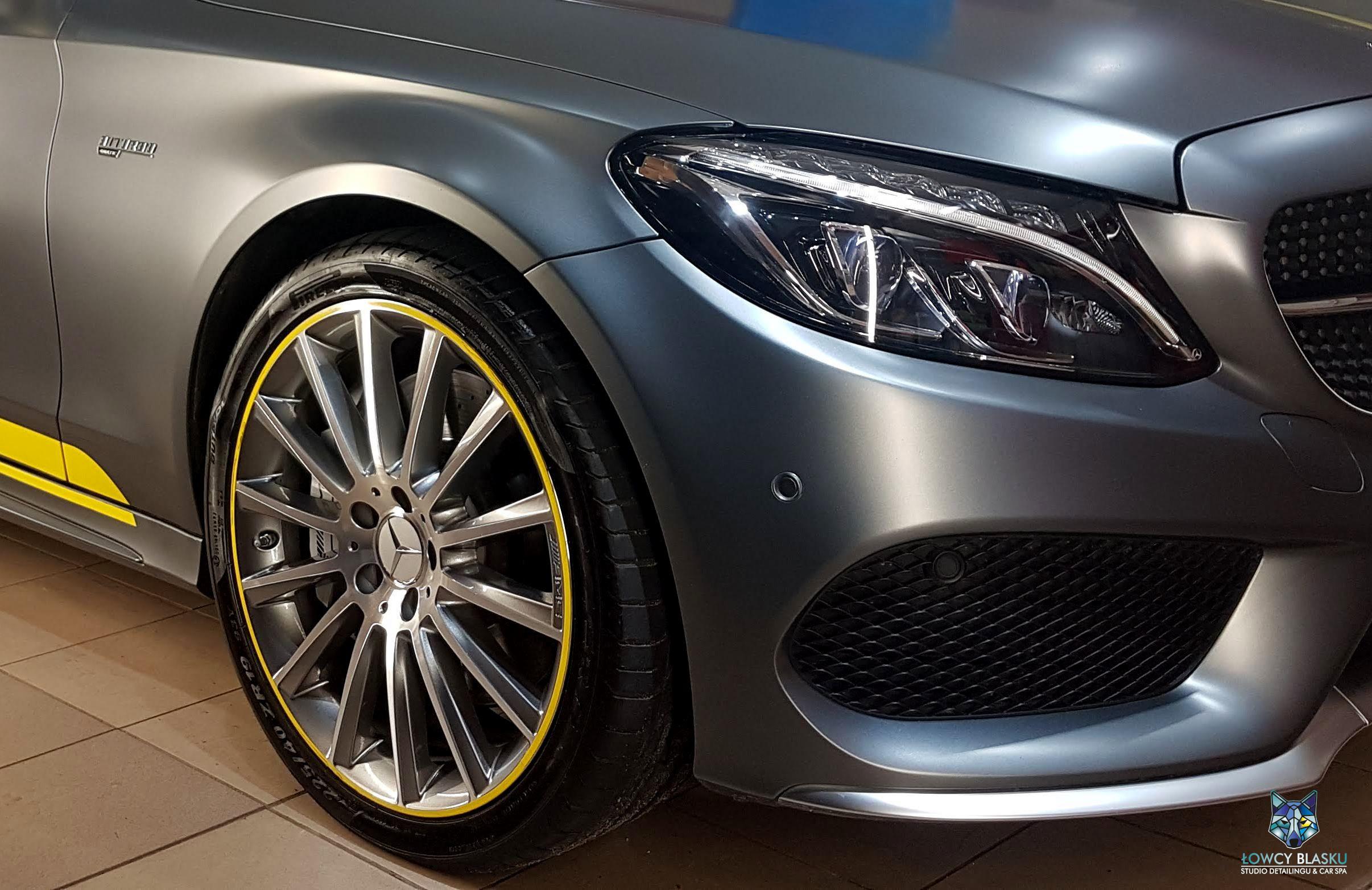 Mercedes C Coupe AMG zabezpieczony powłoką Opti Coat, matowy lakier