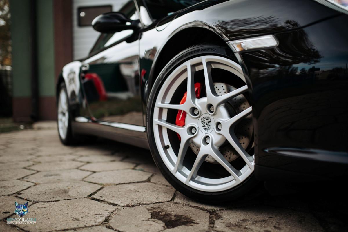 Porsche-Carrera-zabezpieczone-powłoką-ceramiczną-Opti-Coat-Łowcy-Blasku-3