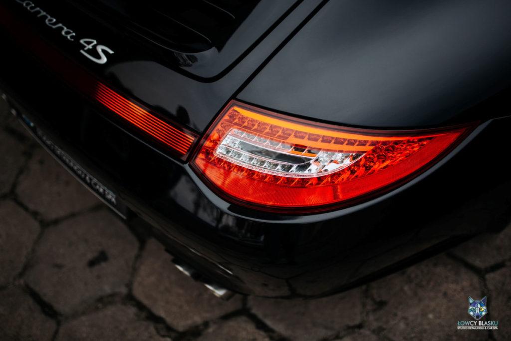 Porsche-Carrera-zabezpieczone-powłoką-ceramiczną-Opti-Coat-Łowcy-Blasku-9