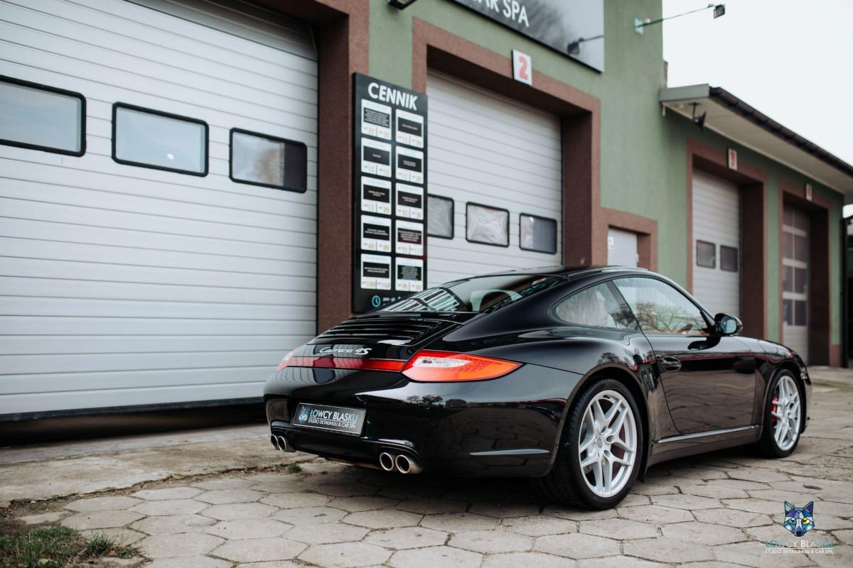 Porsche-Carrera-zabezpieczone-powłoką-ceramiczną-Opti-Coat-Łowcy-Blasku-5
