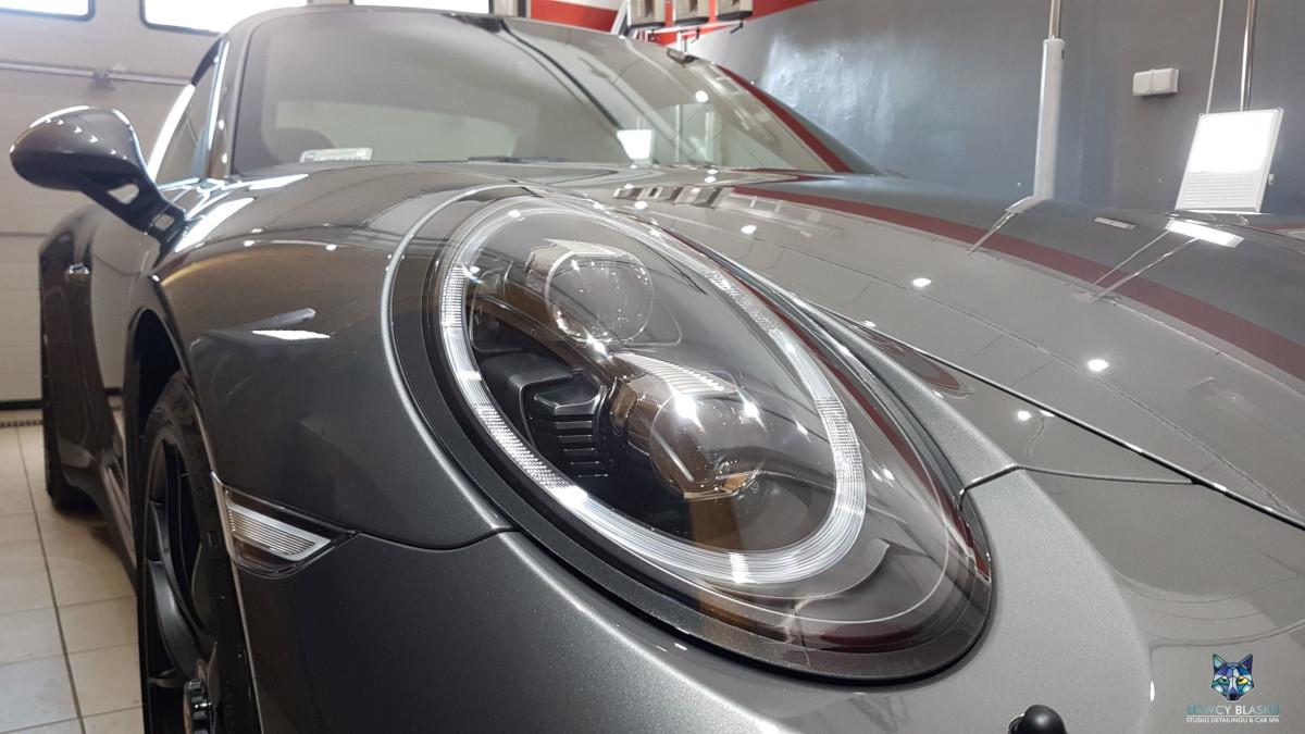 Porsche-Targa-zabezpieczone-powłoką-ceramiczną-Opti-Coat-Łowcy-Blasku-4